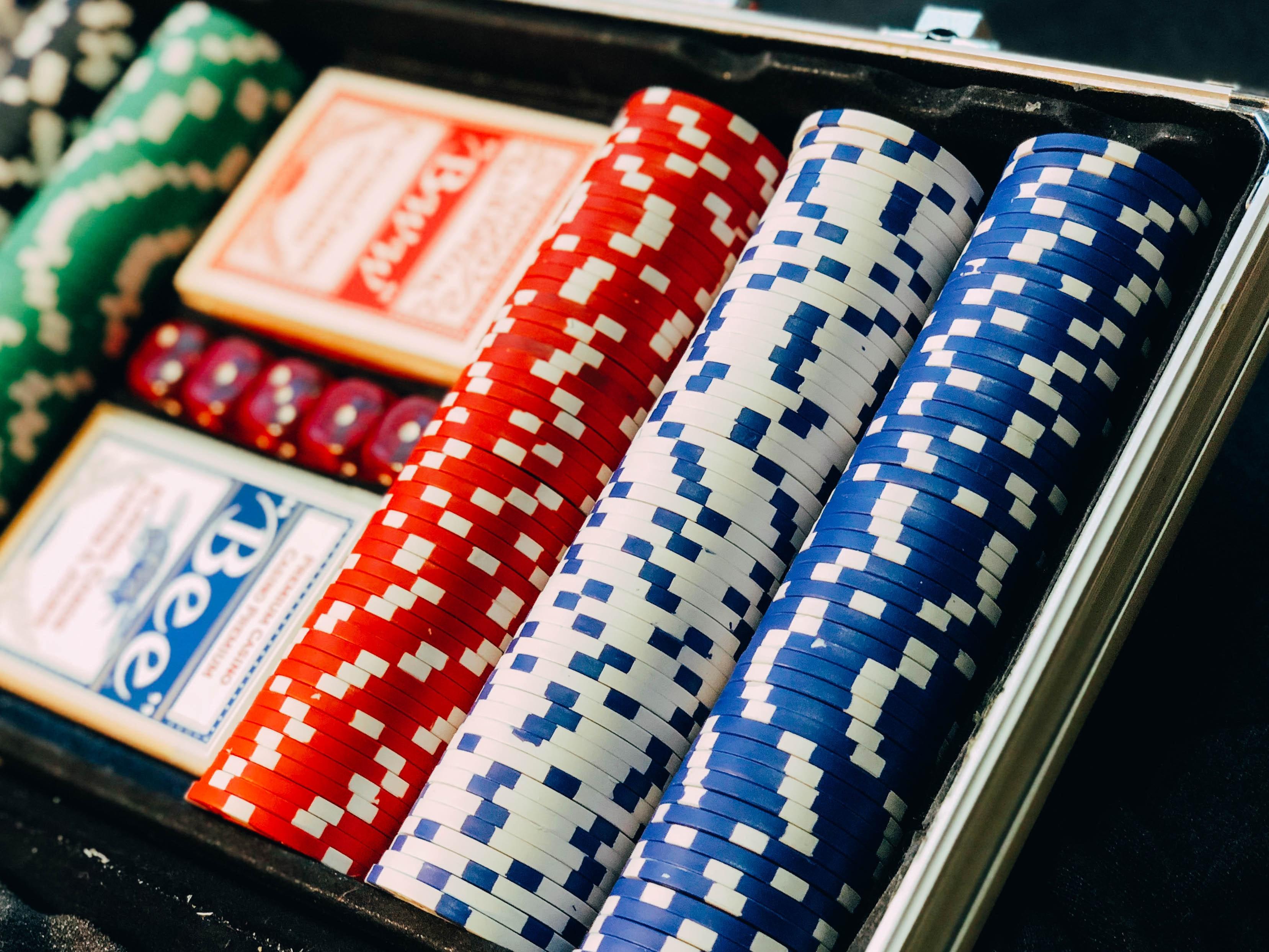Poker Chips -chris-liverani-unsplash