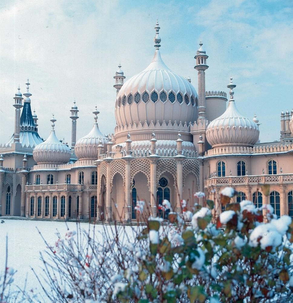 Royal-Pavilion-East-Lawn-Winter-Snow